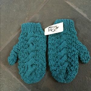 2H hand knits